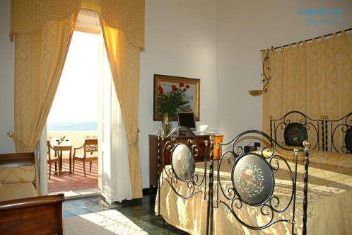 Doppelzimmer Meerblick mit Balkon